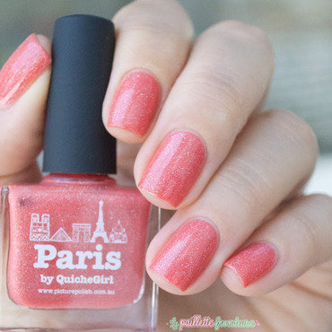 piCture pOlish Paris Swatch by nathalie lapaillettefrondeuse
