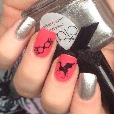 Luna Lovegood nail art by allwaspolished