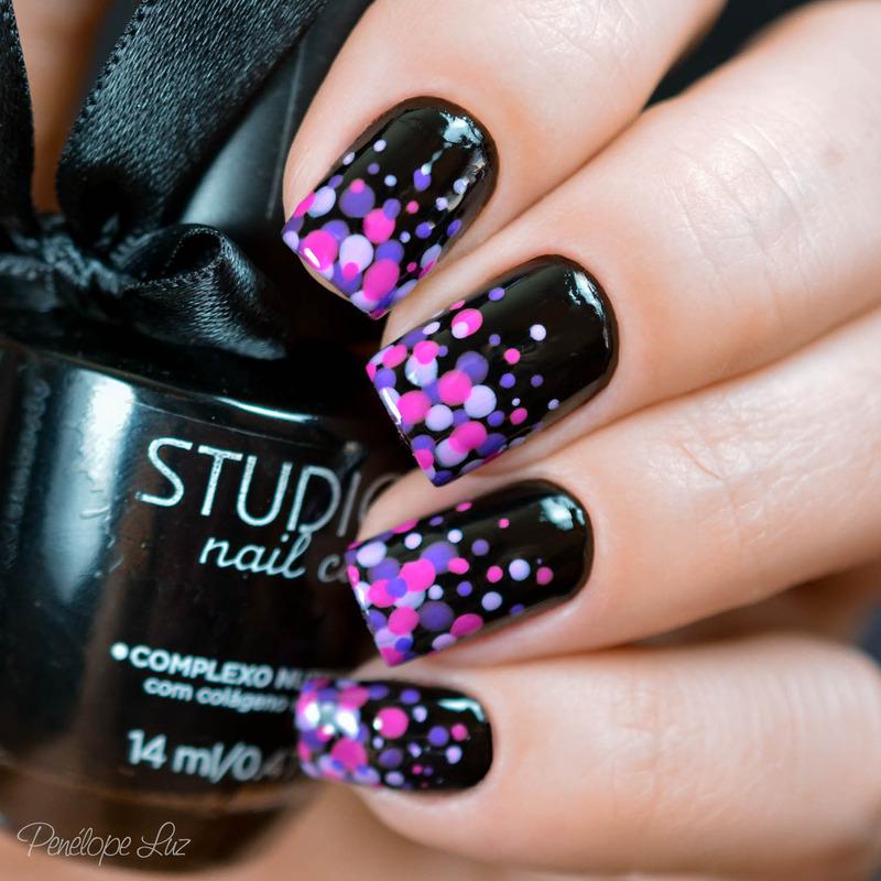 Dottecure nail art by Penélope Luz