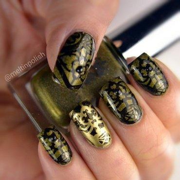 My Castle's Garden Gates nail art by Meltin'polish