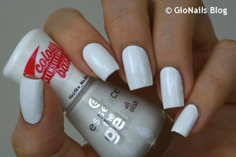 Essence Wild White Ways Swatch by Giovanna - GioNails