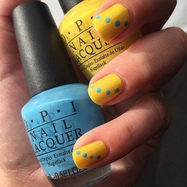 OPI Blue Dots  nail art by Amandineprc