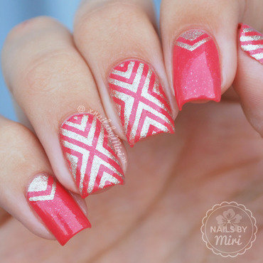 X Chevron nail art by xNailsByMiri