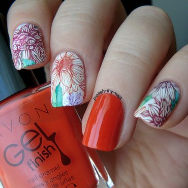 I smell Autumn nail art by Ewlyn