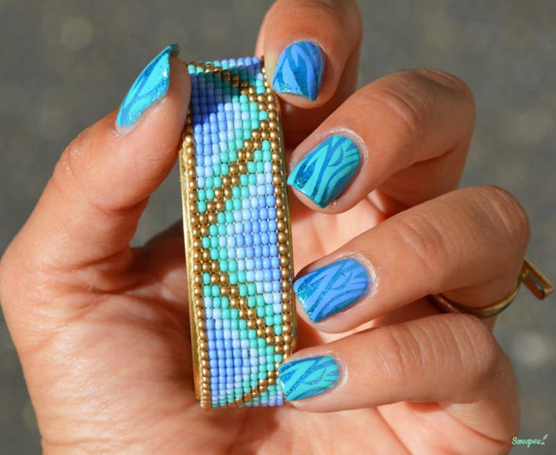 Blue nails inspi Sweapee Bracelet nail art by Sweapee
