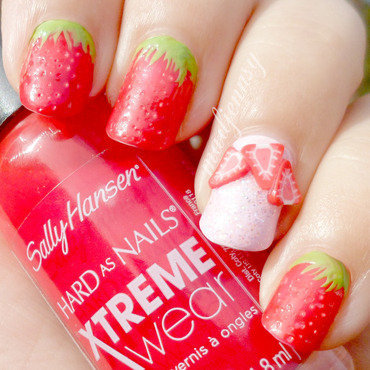 Textured Strawberry Nails nail art by madjennsy Nail Art