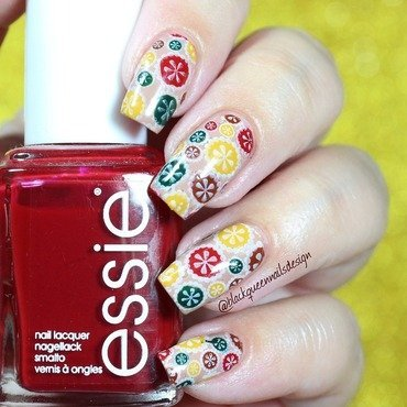 70's Flowers Style  nail art by Blackqueennailsdesign