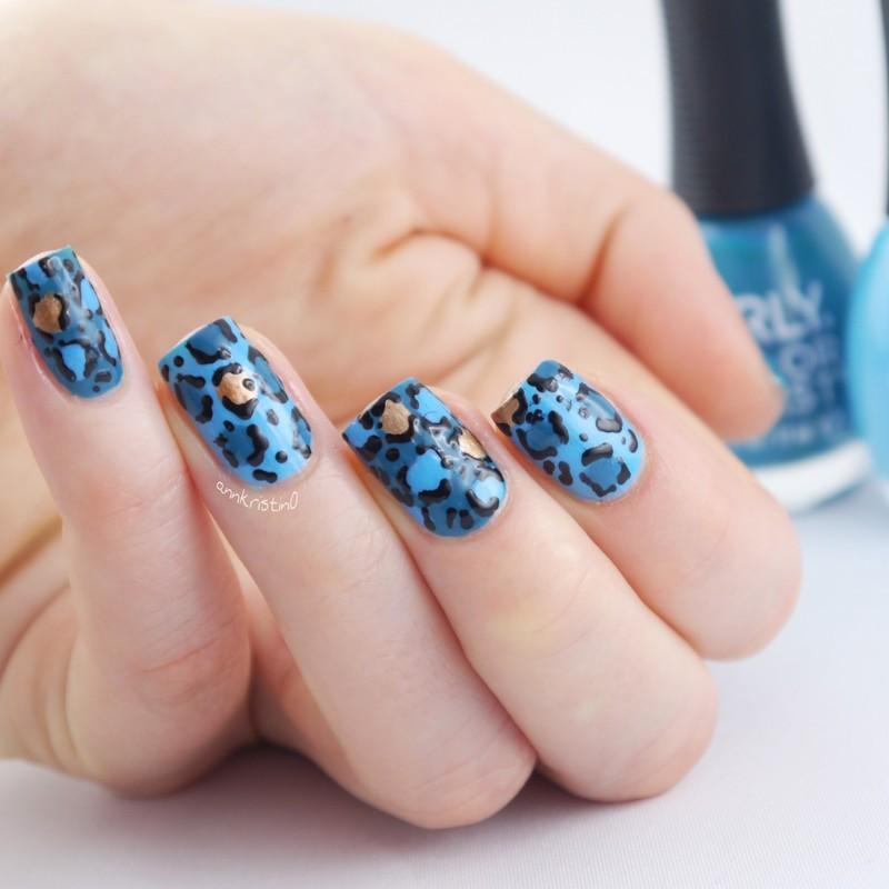 Turquoise Summer Leopard Print nail art by Ann-Kristin