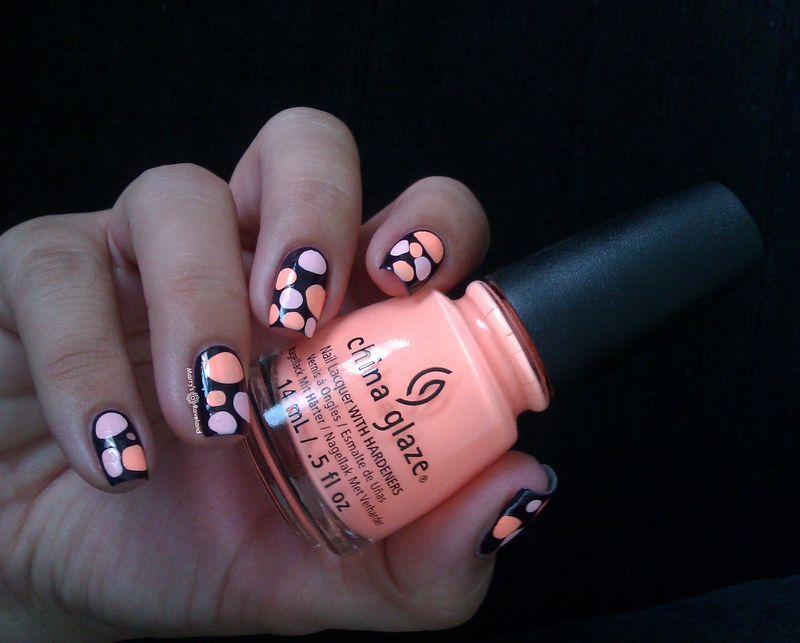 Neon blobbicure nail art by Marina