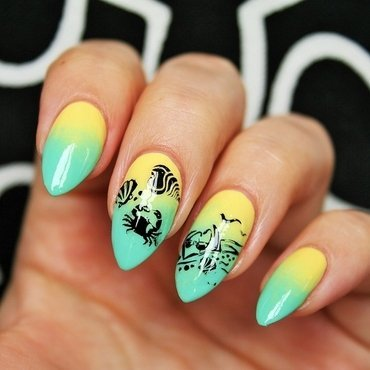 Beach day nail art by Jane