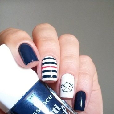 Paper boat nail art by marina