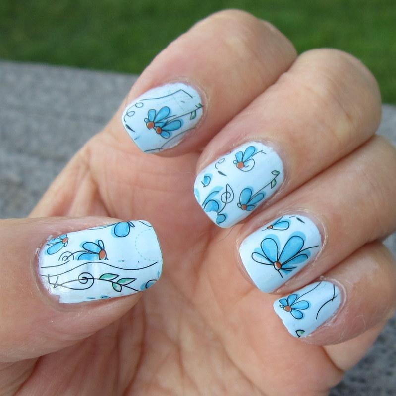 Flower Power in Blu nail art by HELEN KAY