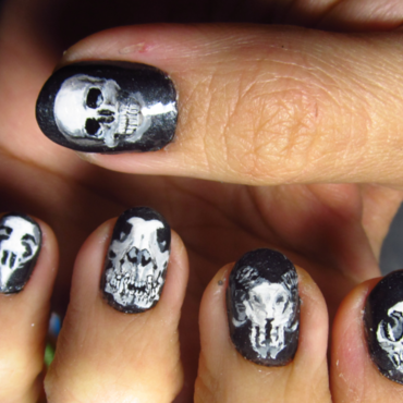 Skull Nail Art nail art by Rainwound