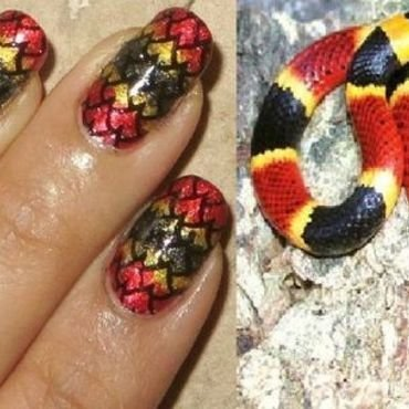 Black-Yellow-Kill-A-Fellow nail art by DeadCellCanvases