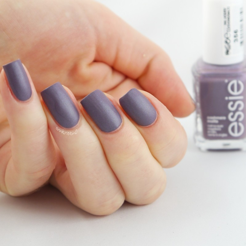 Essie Coat Couture Swatch by Ann-Kristin
