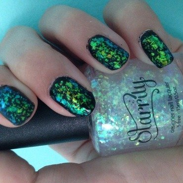 Starrily Northern Lights Swatch by Nailsofmel