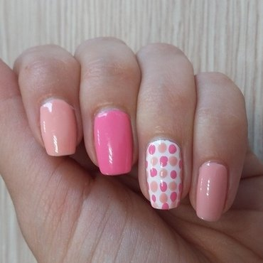 Summer nails with dots nail art by Katka