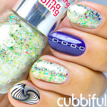 Glitter Nails nail art by Cubbiful