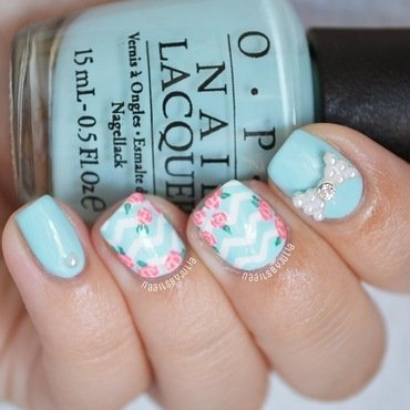 Flowers and chevrons nail art by Julia