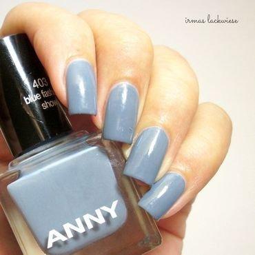 Anny blue fashion show Swatch by irma