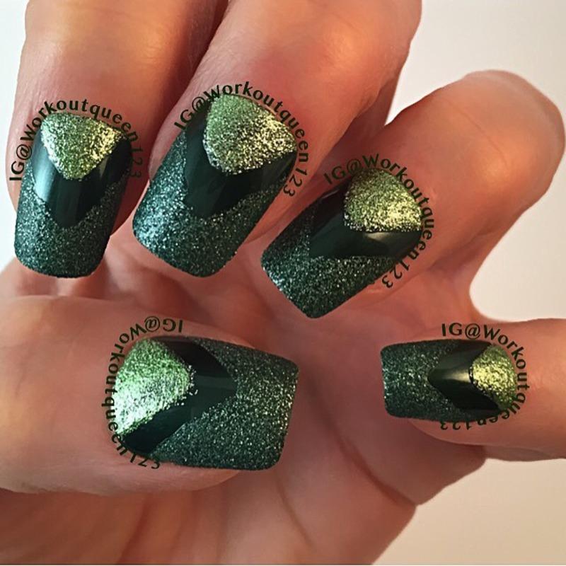 Green Chevron mani nail art by Workoutqueen123