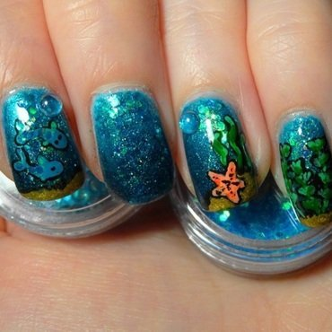 Aquarium nail art by Lumi
