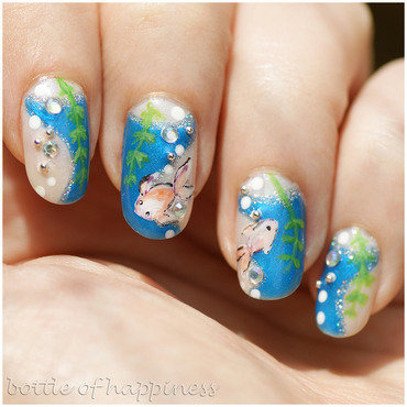 Fish like to swim nail art by Kasia (hatsu hinoiri)