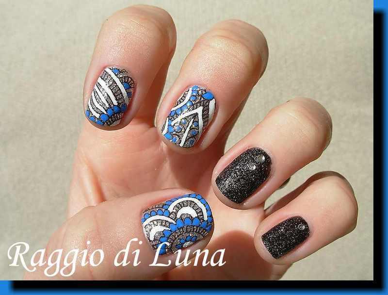 Stamping: Abstract floral nail art by Tanja