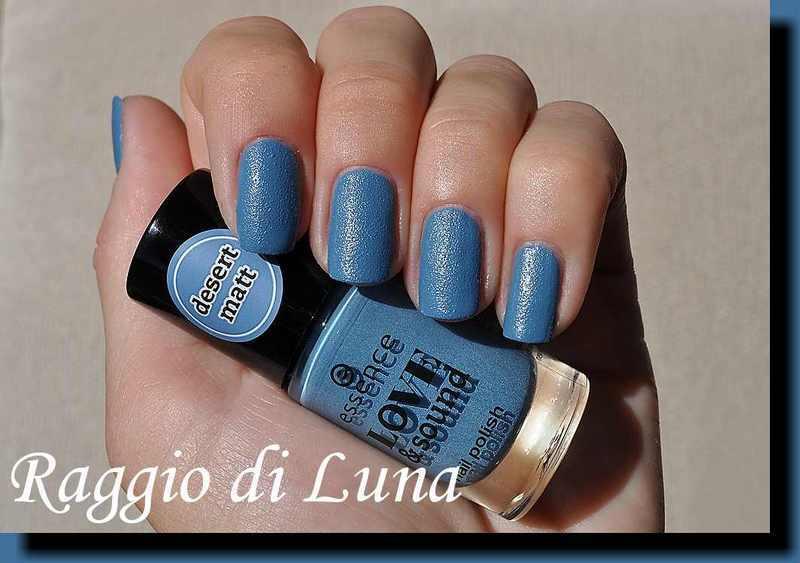 Essence Love & Sound Desert Matt n° 02 Blue Chella Swatch by Tanja