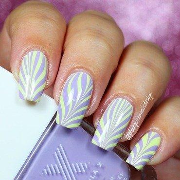 Watermarble  nail art by Blackqueennailsdesign