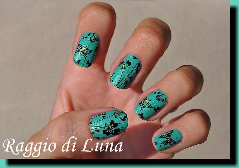 Stamping: Floral & butterfly pattern on green nail art by Tanja