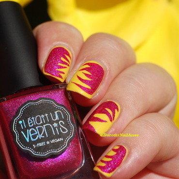 summer effect mani nail art by Dorothy NailAssay