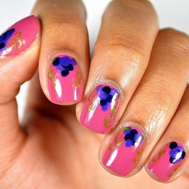 Grape Vines nail art by Fatimah