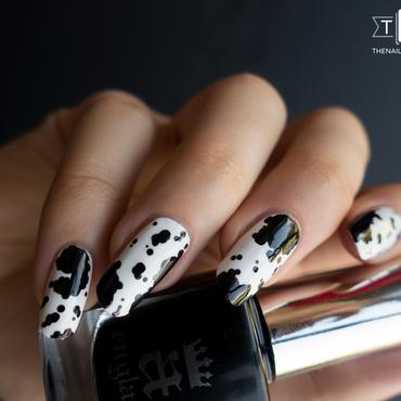 Manucure tachetée façon haricot nail art by Kate C.