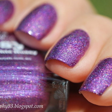 piCture pOlish Hussy Swatch by Hana K.