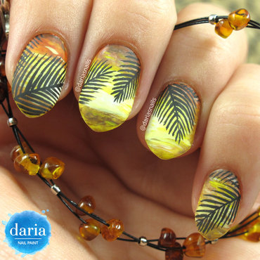 Sunset palms nail art by Daria B.