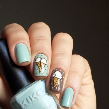 Mint chocolate chip nail art by marina