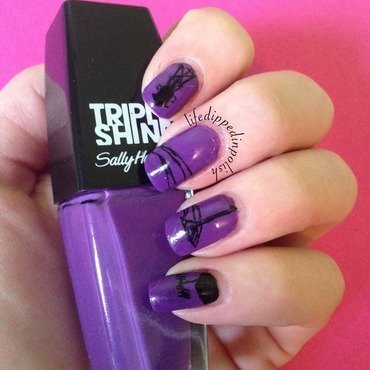 Night Vale Mani nail art by lifedippedinpolish