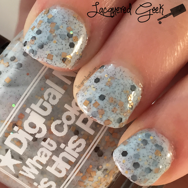 Digital Nails What Color is this polish? (White/Gold version) Swatch by Kim (Lacquered Geek)