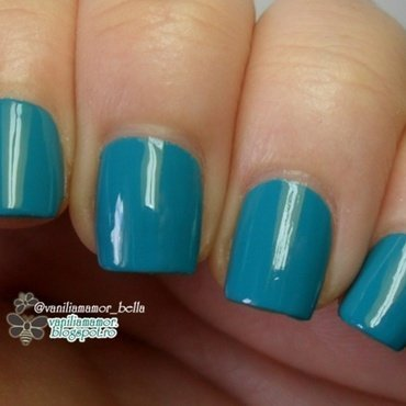 Golden Rose Rich Color 19 Swatch by Isabella