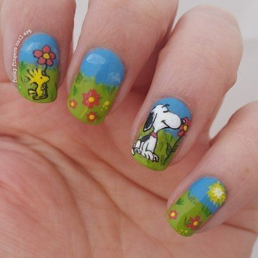 snoopy in spring nail art by Funky fingers nail art
