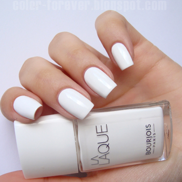 Bourjois White Spirit Swatch by ania
