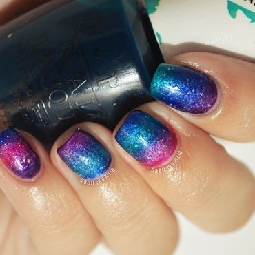 Color paints gradient nail art by Julia