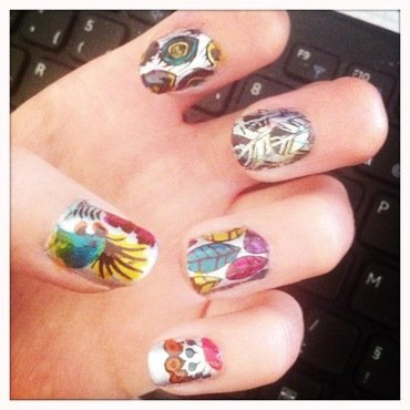 A Parrot's life for me nail art by Anne-Laure BM