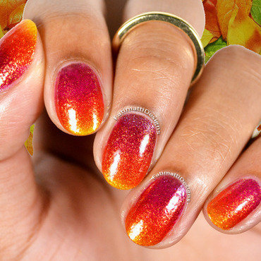 Autumn Gradient nail art by Fatimah