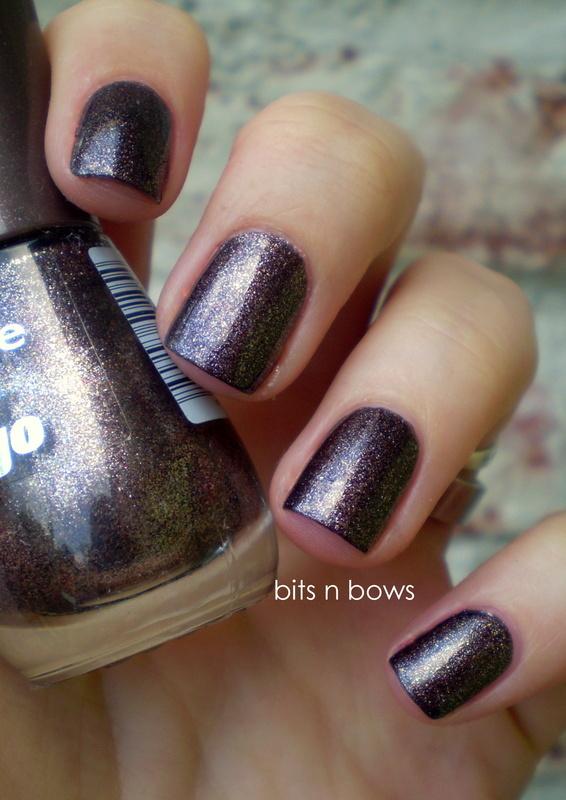 Essence caramel brownie Swatch by Kristina