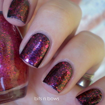 Essence Black is back and Essence effect nail polish never stop dreaming Swatch by Kristina