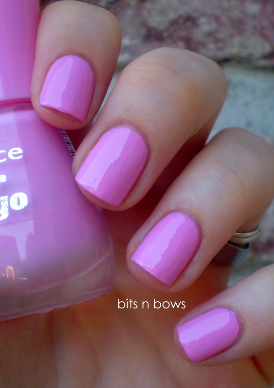 Essence Free Hugs Swatch by Kristina