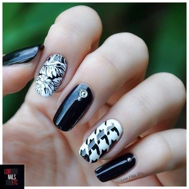 Tropical & Trendy nail art by Love Nails Etc