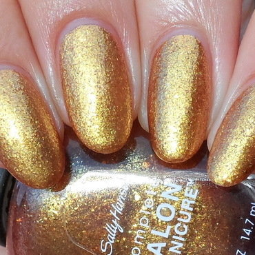 Sally Hansen Gilded Lily Swatch by Plenty of Colors